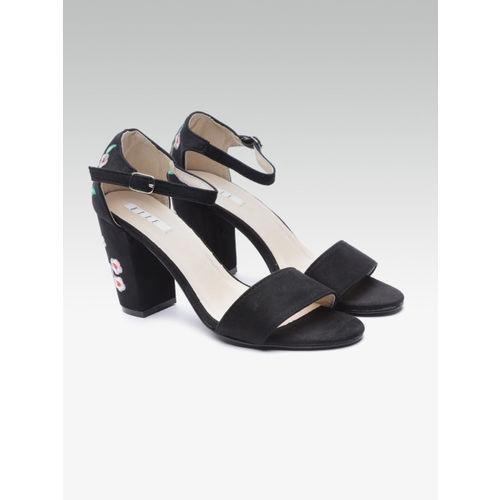 Elle Women Black Solid Heels