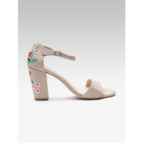 Elle Women Beige Solid Heels