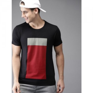HERE&NOW Men Black Colourblocked T-shirt