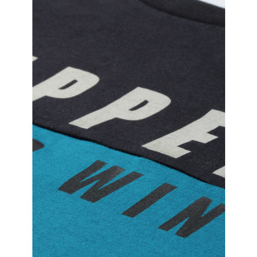 HERE&NOW Men Grey & Blue Colourblocked Round Neck T-shirt