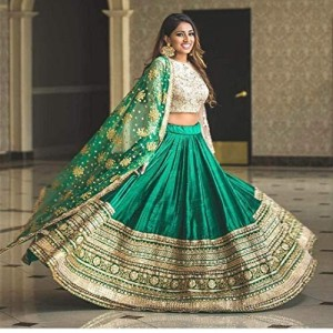 Epex Woman Green Color Legengha Choli With Heavy Lace Work On Dupatta