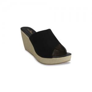 pelle albero Women Leather Black Solid Sandals