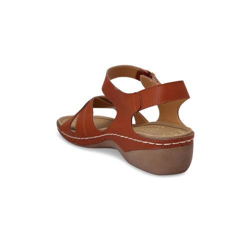 pelle albero Women Brown Solid Sandals
