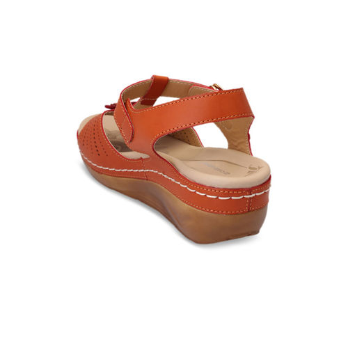 pelle albero Women Rust Brown Solid Sandals