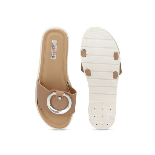 Zachho Women Beige Rubber Slip-on Flat Flip Flops