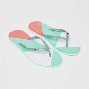 cb600ec2b Buy Skechers Women Black   Blue Solid Thong Flip-Flops online ...