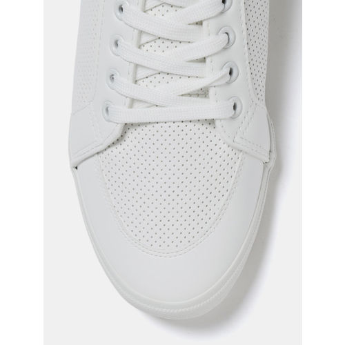 Roadster Men White Sneakers