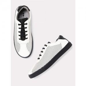 361e65b3b3a7e4 Buy Puma Men Black ST Trainer Evo v2 Tw Knit IDP Periscope Sneakers ...
