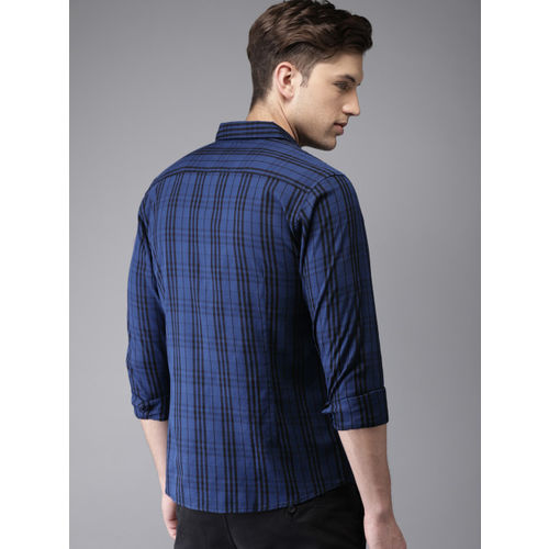 HERE&NOW Men Blue & Black Regular Fit Checked Casual Shirt