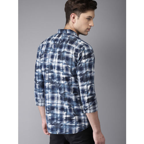 HERE&NOW Men Blue & White Regular Fit Checked Casual Shirt