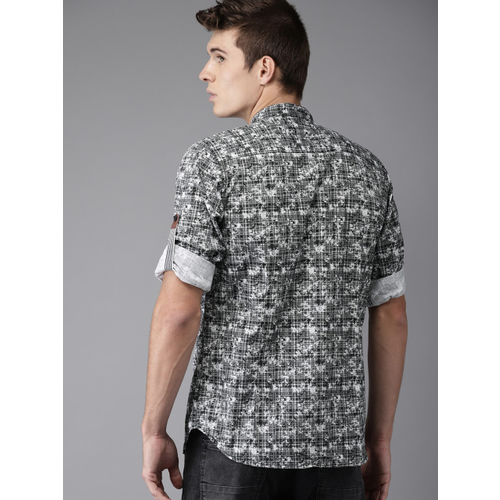 HERE&NOW Men Black & White Regular Fit Printed Casual Shirt