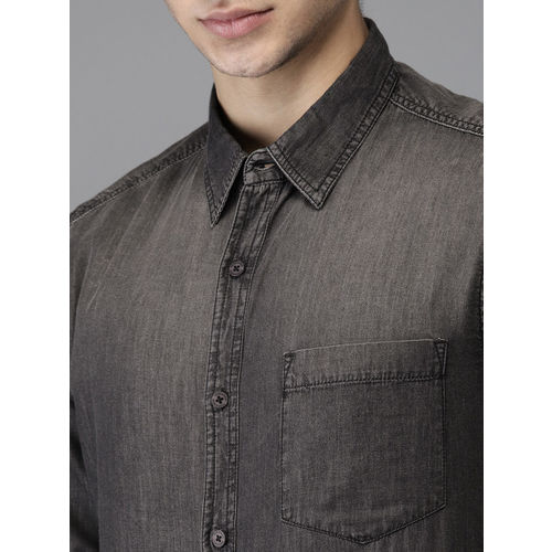 HERE&NOW Men Black Regular Fit Faded Chambray Casual Shirt