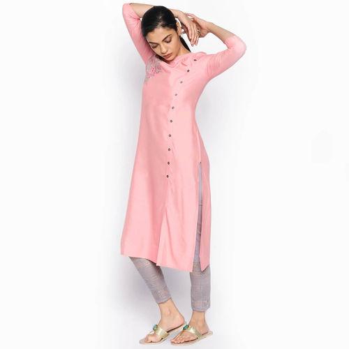 NAARI Women's Pink Embroidered Viscose Stitched Kurti