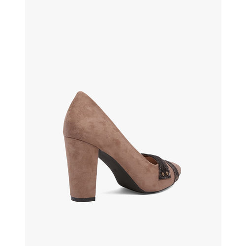 AJIO Block-Heeled Pointed-Toe Shoes