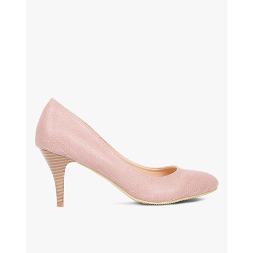 AJIO Low-Top Pumps with Stitch Accent