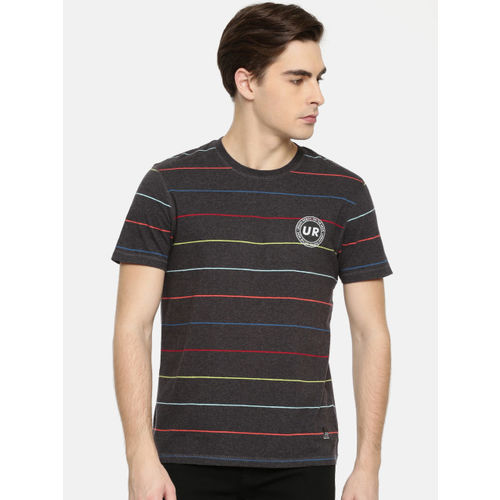Lee Men Charcoal Grey Striped Slim Fit Round Neck T-shirt