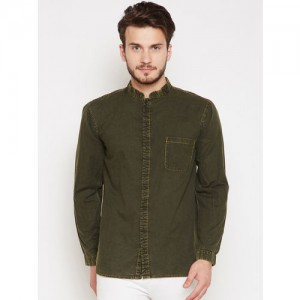 Oxolloxo Men Olive Green Comfort Regular Fit Solid Casual Shirt