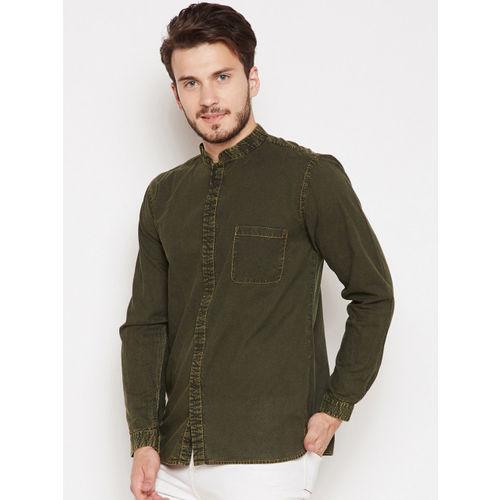 Oxolloxo Men Olive Green Comfort Regular Fit Solid Casual Shirt