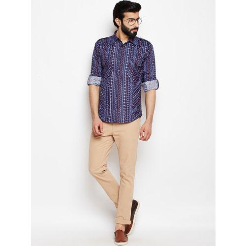 Oxolloxo Men Navy Blue Regular Fit Geometric Printed Casual Shirt