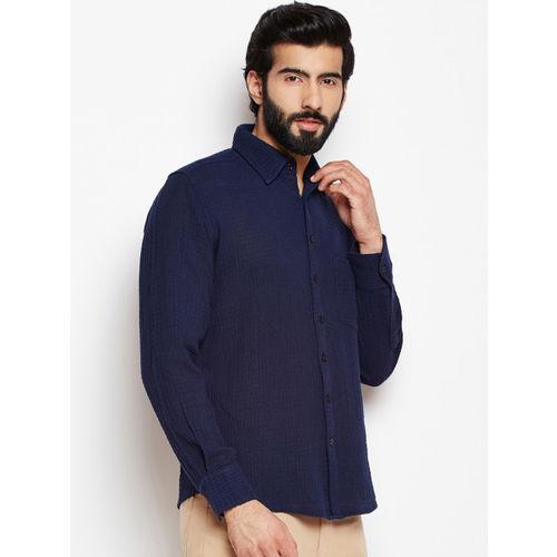Oxolloxo Men Navy Blue Regular Fit Solid Casual Shirt