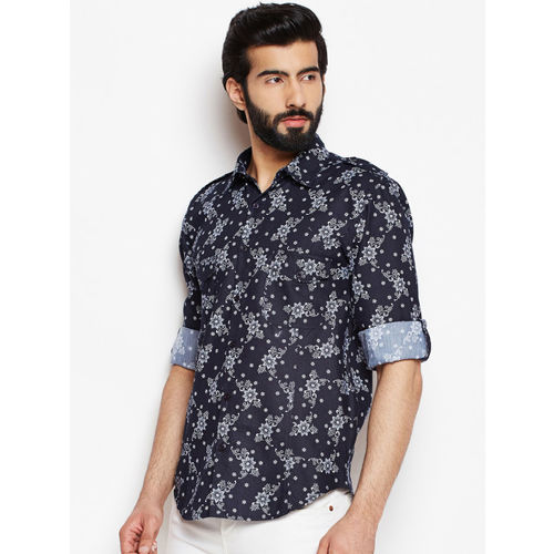 Oxolloxo Men Black Regular Fit Floral Printed Casual Shirt