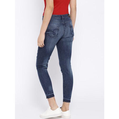 Jealous 21 Women Blue Hottie Slim Fit Mid-Rise Clean Look Stretchable Cropped Jeans