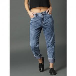Roadster Women Blue Boyfriend Fit High-Rise Clean Look Jeans