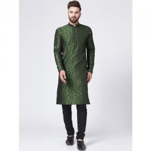 Jompers Men Green Self Design Kurta with Churidar