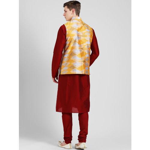 KISAH Men Maroon & Yellow Self Design Kurta with Churidar
