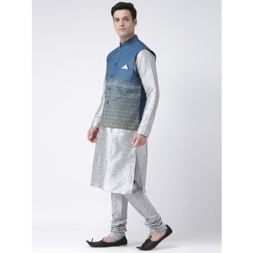 DEYANN Men Navy Blue & Silver-Toned Self Design Kurta with Churidar