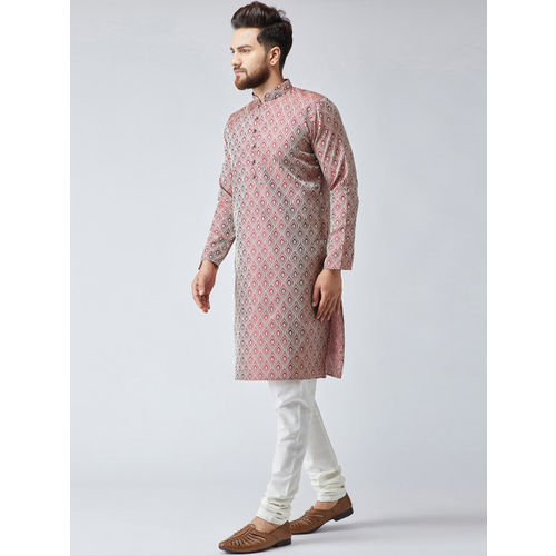 Jompers Men Maroon & Off-White Self Design Kurta with Churidar