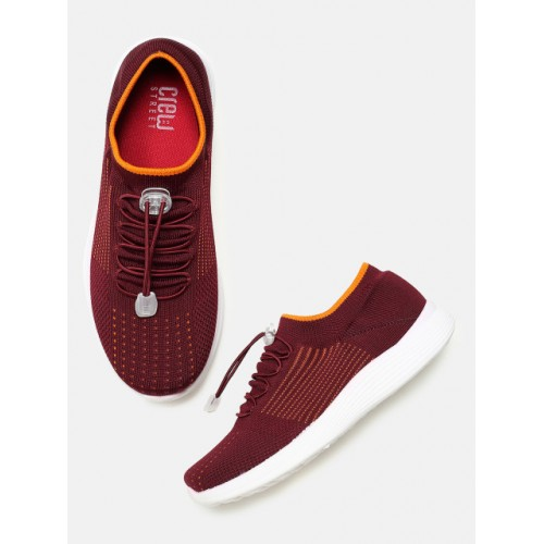Crew STREET Women Maroon Running Shoes