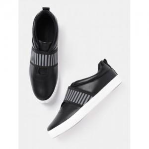 Roadster Black Synthetic Slip-On Sneakers