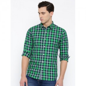 United Colors of Benetton Green Cotton Checked Men's Casual Shirt