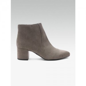 DOROTHY PERKINS Women Taupe Solid Heeled Boots