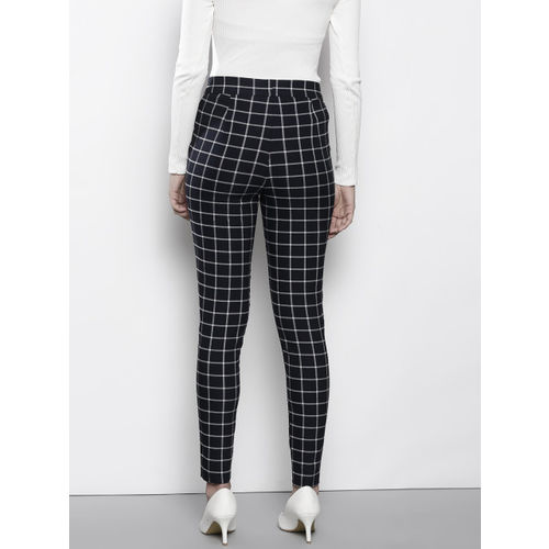 DOROTHY PERKINS Women Navy Blue & White Skinny Fit Checked Cigarette Trousers