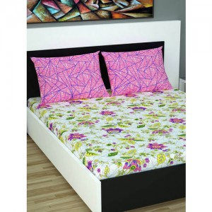 Divine Casa Pink & Green Floral Flat 144 TC Cotton 1 Queen Bedsheet with 2 Pillow Covers