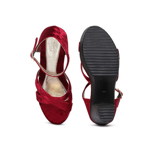 Catwalk Women Maroon Solid Sandals