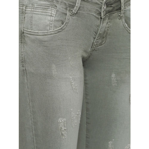 Deal Jeans Women Green Solid Regular Fit Capris
