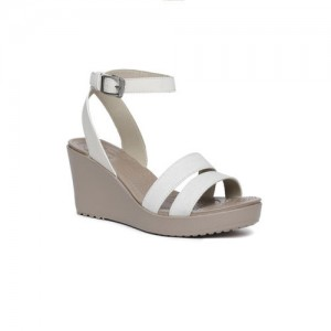 910d5c8f6287 Buy latest Women s Sandals from Adidas