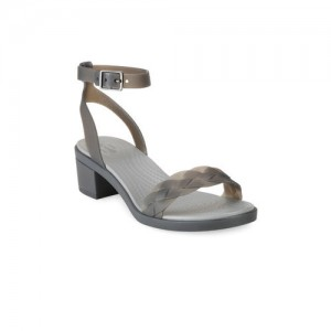 3dd2ad09d4bb Buy latest Women s Sandals from Crocs online in India - Top ...