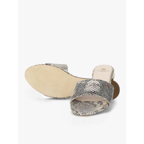 Carlton London Grey Sandals