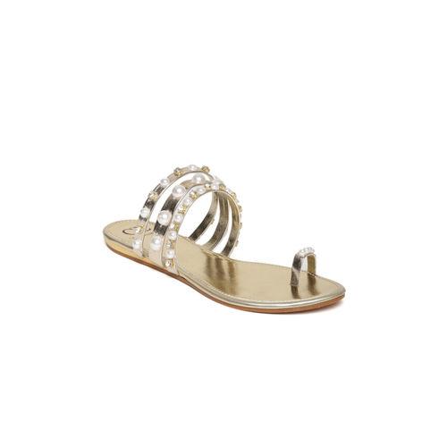 Carlton London Gold Solid One Toe Flats