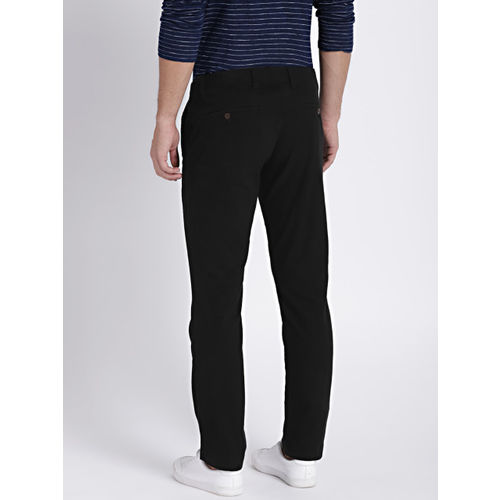 GAP Men's Black Soft Wear Khakis In Slim Fit With Gapflex