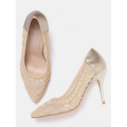 DressBerry Gold-Toned & Beige Synthetic Woven Design Pumps