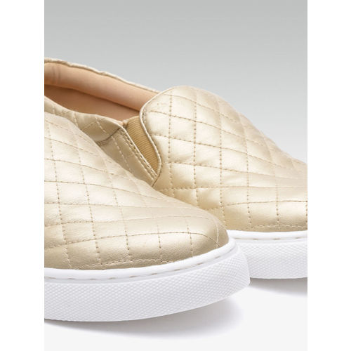 Carlton London Women Gold-Toned Quilted Slip-On Sneakers