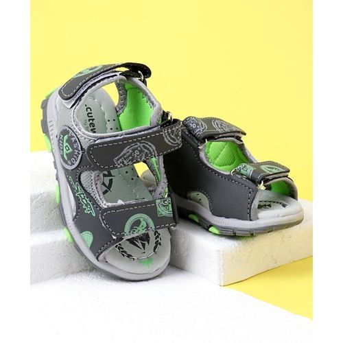 Cute Walk by Babyhug Printed Sandals - Green Grey