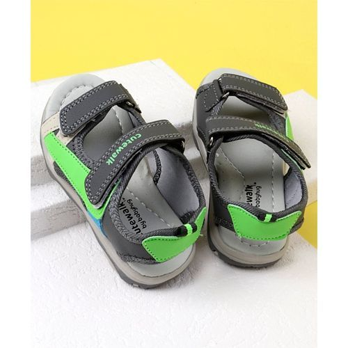 Cute Walk by Babyhug Floaters - Black Green