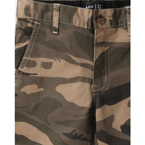 AJIO Camouflage Print Flat-Front Mid-Rise Shorts
