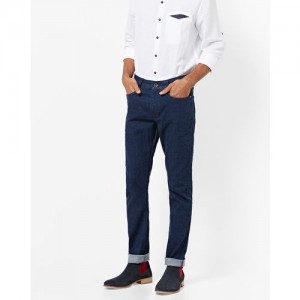 AJIO Low-Rise Slim Tapered Jeans with 5-Pockets